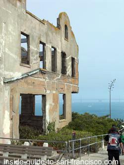 visit alcatraz prison, wardens house