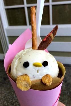 Cute rabbit-faced crepe in Japantown