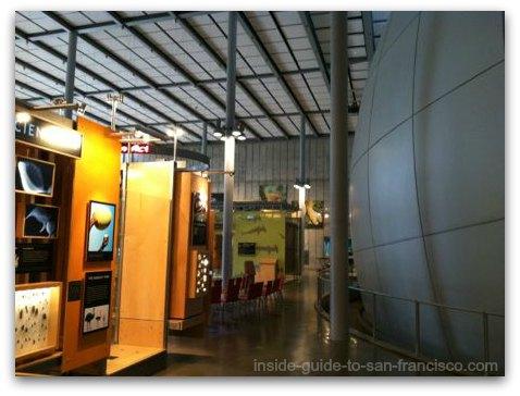 california academy of sciences, passageway by planetarium