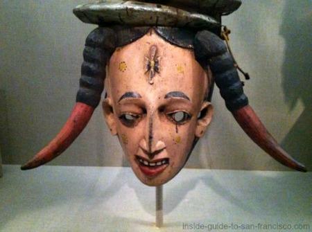 nigerian mask, de young museum san francisco