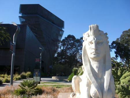 de young museum san francisco, sphynx at entrance