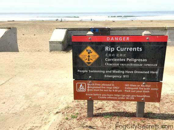 ocean beach san francisco rip current warning sign