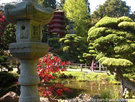 Tea Garden Paa And Lantern