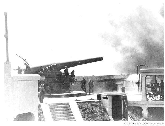 Historical photo of Battery Spencer gun