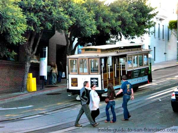 Cable car arriving at Fisherman's Wharf