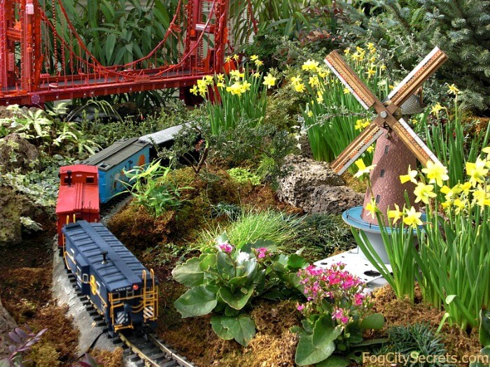 San Francisco Model Train Exhibit, Conservatory of Flowers