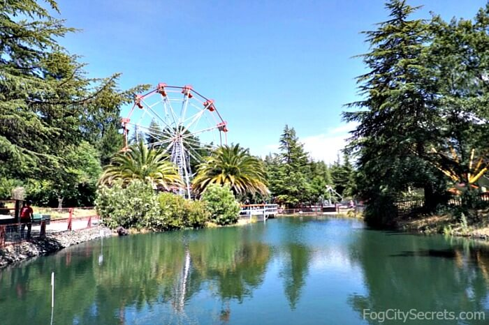 Ferris wheel and lake at Train Town Sonoma