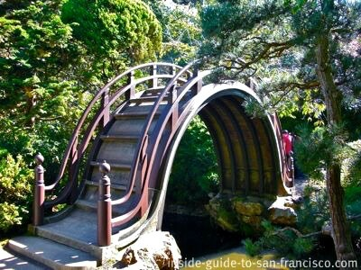 drum bridge in the japanese tea garden, san francisco