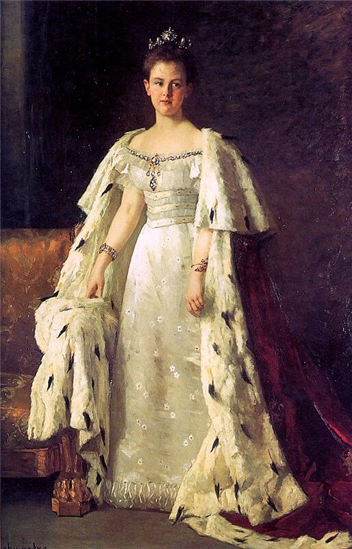 Painting of Queen Wilhelmina of the Netherlands, in her coronation gown.