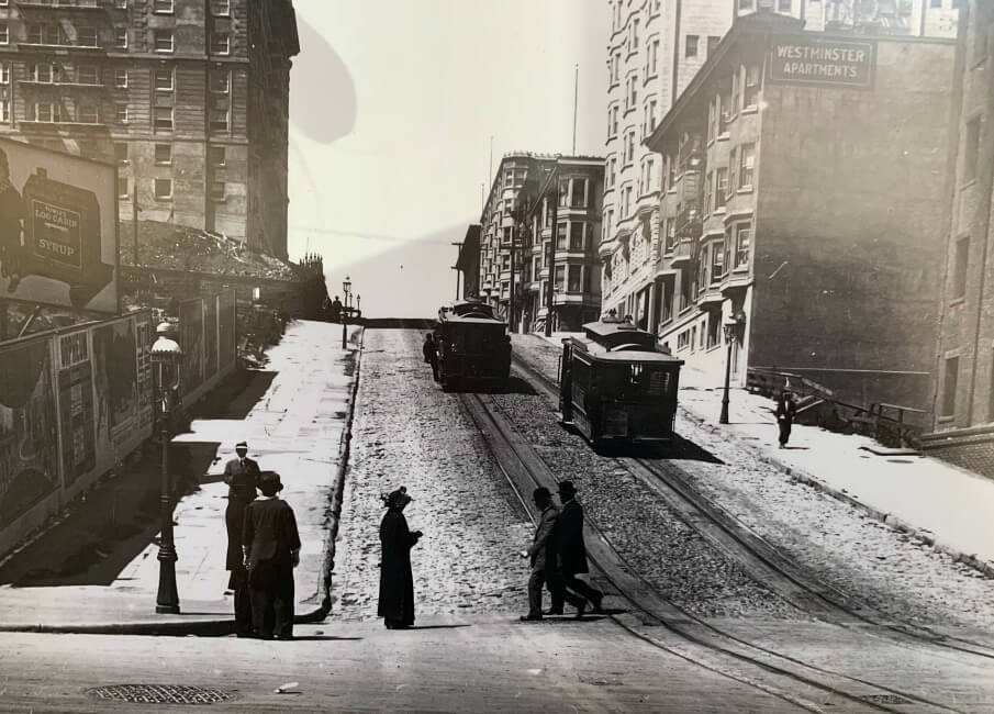 Cable cars on Powell Street, San Francisco, in 1914