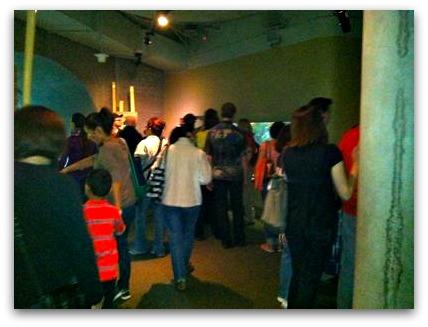 Crowds at the Steinhart Aquarium in SF