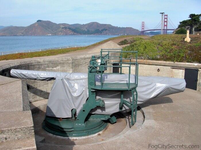 Disappearing gun, Battery Chamberlin, Baker Beach SF