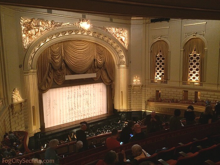 Intermission at the San Francisco Opera.